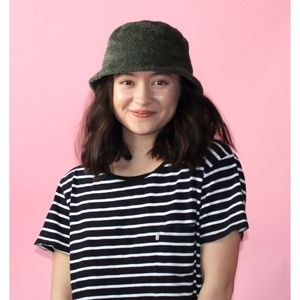 (134) VTG 1990s Fuzzy Green Bucket Hat